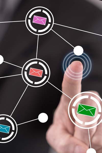 Verbindung in alle soziale Netzwerke möglich